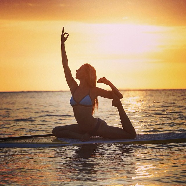 Our amazing Ambassador - @kathrynmccann in Fiji, spreading the love. #ocean #love #fiji #yoga #supyoga #sunset #beautiful #nature #earth #paradise #bikini #health #passion #happiness #adventure #girlswhorip #localhoney #localhoneydesigns #sup