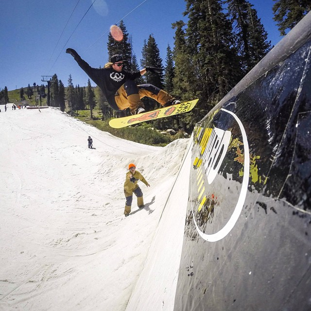 Ryan Tarbell ripping @woodwardtahoe this summer with the @686 crew. Flux Bindings was happy to help support the camp this year. #fluxbindings #woodwardtahoe