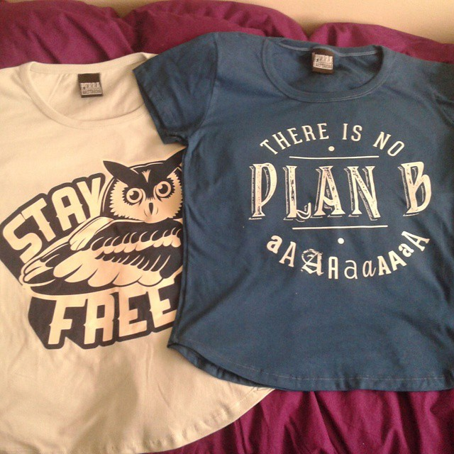 Stay free y no plan b ♡  #perrabastarda #tshirt #tshirts #buho #type #fashion