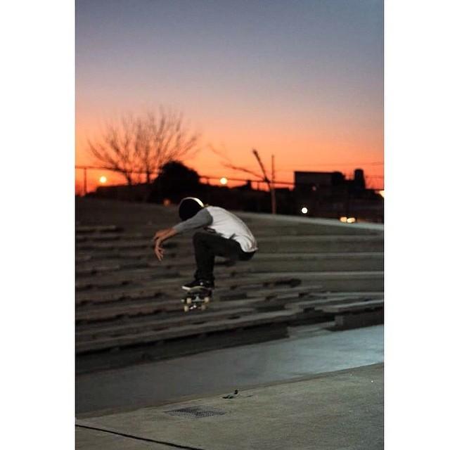 Ollie x Santi Rezza @santirezza #skate #TrueToThis #Volcom