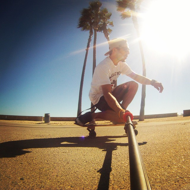 Crusing the Kalayaan deck through Huntington #roadrashboards #longboard #kalayaan #gopro #huntington #oakley #oakleygrip