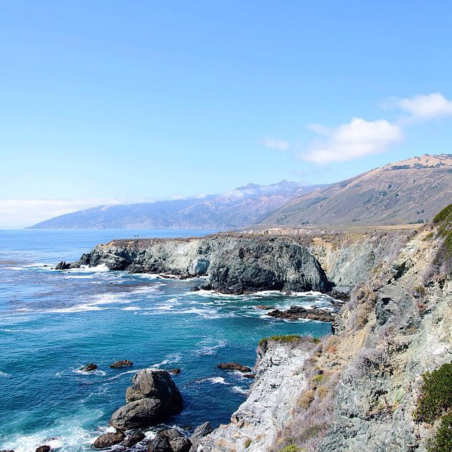 Such an awesome #radparks shot from our friend @shoestringadventures, keep em comin. #bigsur #california #parksproject
