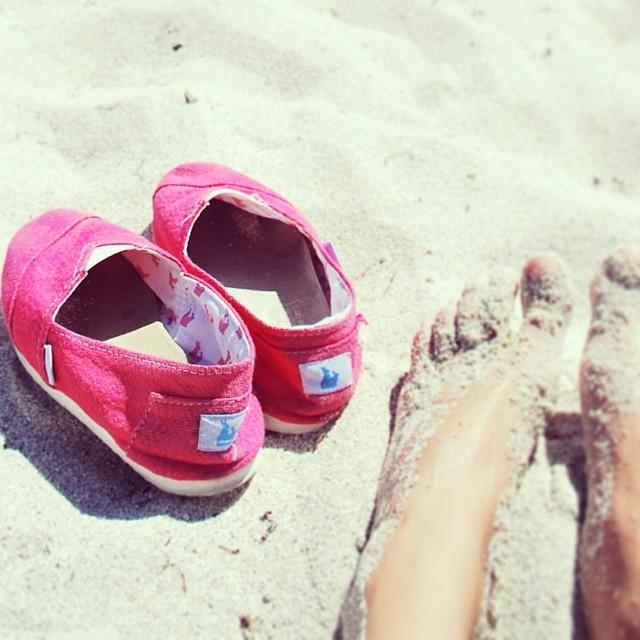 There is always a summer paradise in the world /Siempre es verano en alguna parte del mundo y viene hacia #buenosaires