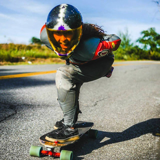 @lorynlongboards having a blast at #acmedownhill. Keep an eye on this lady, she is fasssst!  #longboardgirlscrew #girlsthatshred