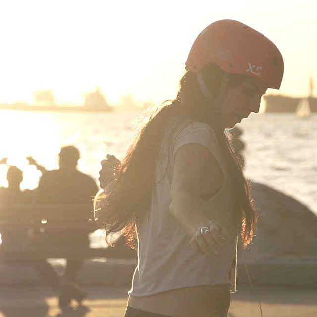 Silhouette @cocomarii #xshelmets  #rayne #marisanunez #vancouver