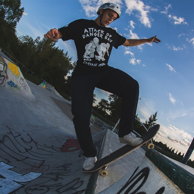 When he is not going downhill, @francisct is killing it at the skatepark.