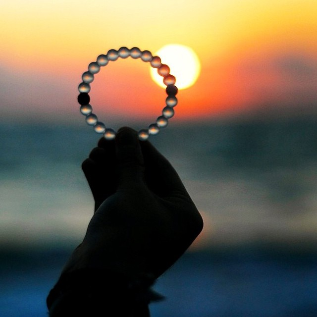 Sun setting on summer. Are you feeling the cold yet? #livelokai  Thanks @thelightatdusk