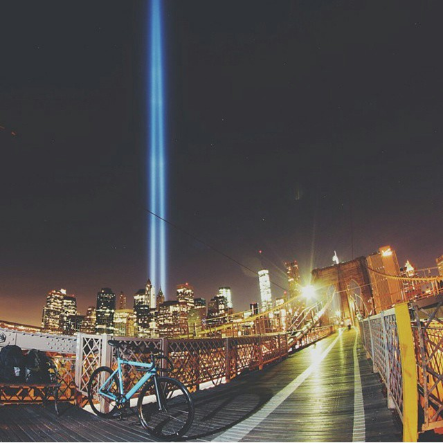 Big City. Bigger Dreams. #fixie  #fixedgear #bike #singlespeed #nyc #brooklyn #bridge