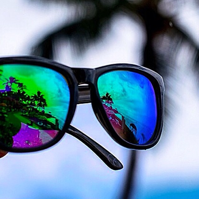 Enjoying its stay in Hawaii is the 'Bali', our most popular pair of polarized shades | #LifesABeach #Kameleonz  #WheresYourBeach #GoPro #GoProOfTheDay #GoProHaven #Canon #Hawaii #Bali #ActualReflection pic by @chadkoga