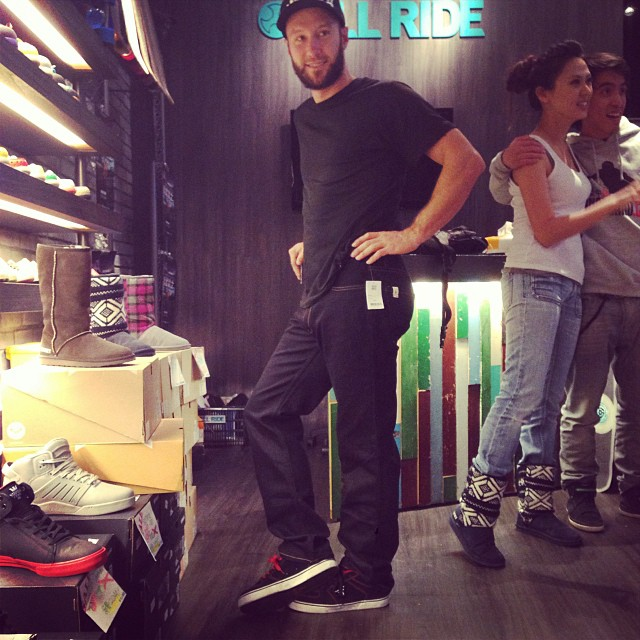 #adamcolton had to borrow some jeans from #allrideboardshop in #Taipei he claims he hasn't used jeans since the 7th grade. #clubbingintaipei