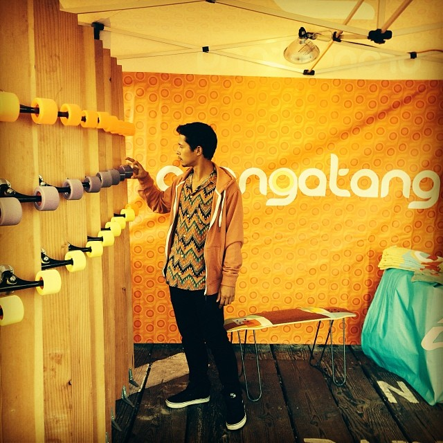 #ethancochard at the #loadedboards #orangatang booth at #tgrwayoflife movie premier on the Santa Monica pier.