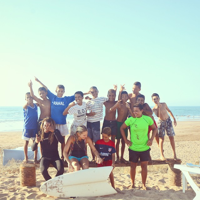 Beyond the happiness... شكرا / shokran / thank you / merci to Mouja Surf Club, la meilleure famille Tricia, Nayla, Kai, Zoey, Philip, meilleur pilote dans le monde Mohamed, and crew of Moroccan rockin' groms for epic days in Dar Bouazza... ماكاين مشكل...