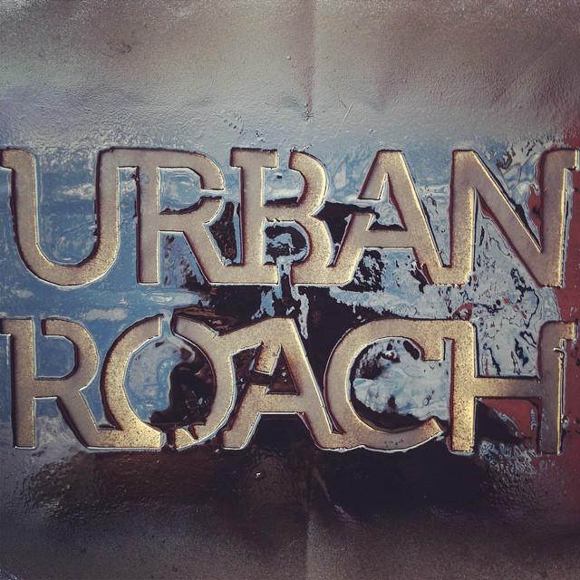 ✌️#stencil #spray #urbanroach #urbanlife #black