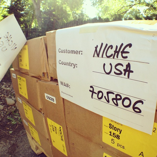 Guess what just arrived in the good old US of A?! New 14/15 #nichesnowboards are here! #winteriscoming