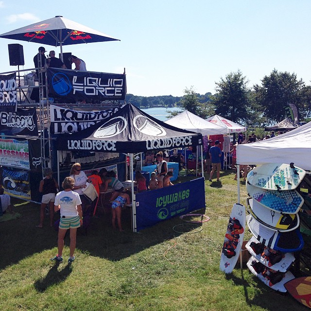 Be sure to stop by the STZ tent at wake the lake (lake Norman) // and if you aren't there yet your blowing it // thanks for putting on such a rad event @icywakes #wakethelake #wtl #lkn #lakenorman #charlotte #stzlife #happyshredding #wakeboard #wakeskate