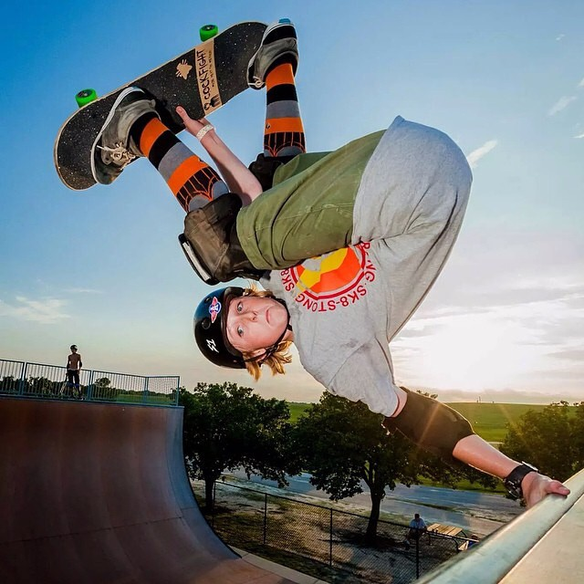 @wyattwisenbaker #fsinvert #trashmore @speedlabwheels photo: @_manichols_ #wyattwisenbaker wears the #s1 #lifer #helmet . #skateboarding #skatevert