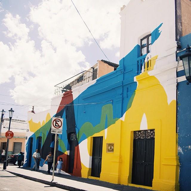 Hola, @helloelian. Muy lindo como dejaste esta fachada en Querétaro. #art #artevans