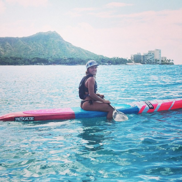 WOULDN'T YOU RATHER BE IN HAWAII right now? @karencjacobson Havin fun in Hawaii on the new Race Pink Collection. Check out the whole Pink Collection at www.RogueSUP.com TODAY. #sup #roguesup #hawaii #ocean