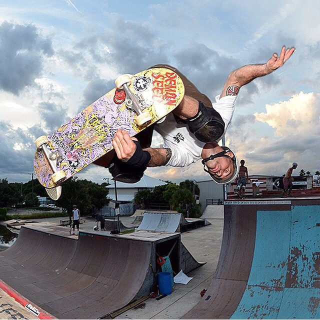 @richpayne666 #indyair photo by #demonseedskateboards @demonseedskateboards . Rich wears the S1 Lifer Helmet . #skateboarding