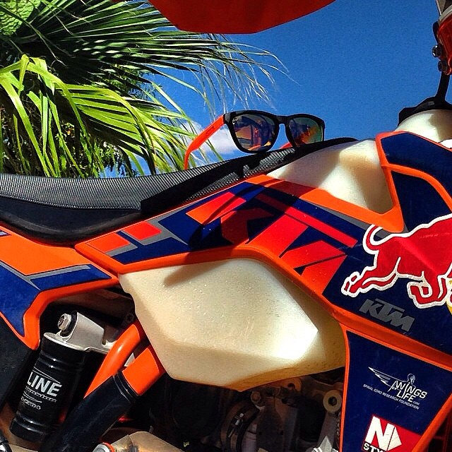 Ride along with SoCal! Get yours by clicking the link in our profile or visiting www.kameleonz.com | #ridealong #shades #sunnies #sunglasses #motocross #redbull #palmtrees #socal #california #goprohaven #kameleonz #lifesabeach #wheresyourbeach pic by...