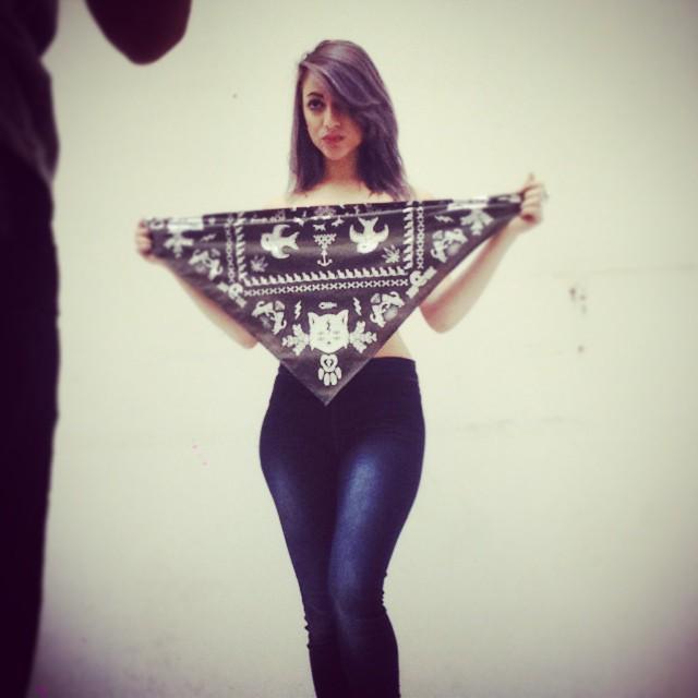 #backstage con la bella @sawrina #bandanas #pixelart #pixelwear #urbanroach #urbanwear