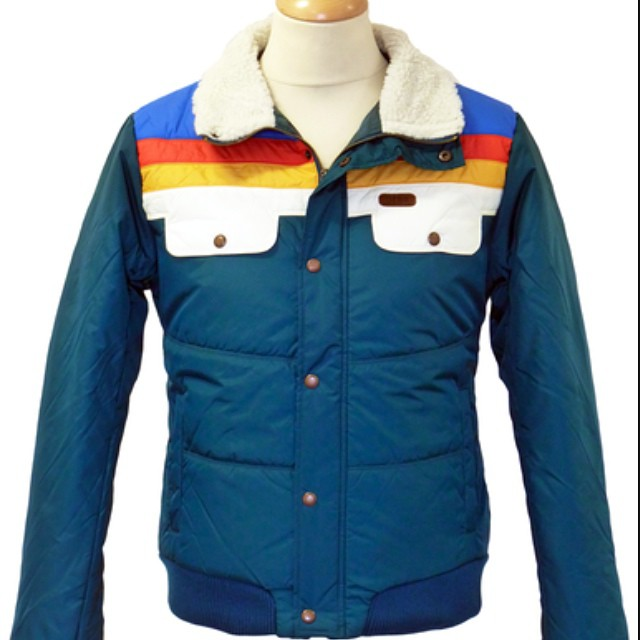 Is this a throwback to a cool old jacket or should this be a glimpse of things to come.  We like it regardless.