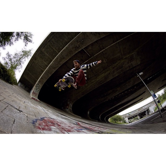 @petermarkgraf throwing it down with the 180 boneless!