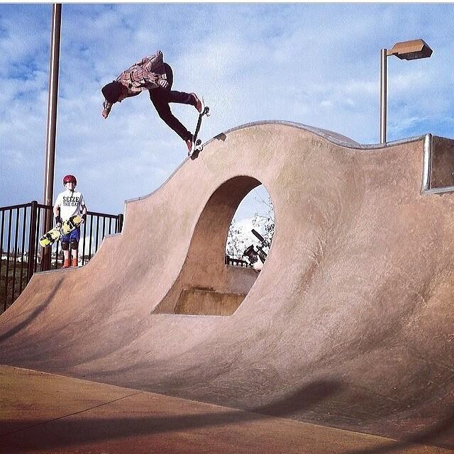 @masonmerlino getting critical PC: @tannercribbs #bulthelmers#bult #skateeveryday #stackinclips #alganorte #masonmerlino #skatepark #instagood #skateboard