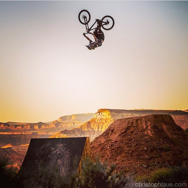 Good luck to all our entourage members at the #redbullrampage @grahamagassiz @geoffgulevich @jamesdoerfling @kcdeane @brandonsemenuk @camzink  Photo: @christophlaue  Rider: @grahamagassiz  #rampage #ripitup