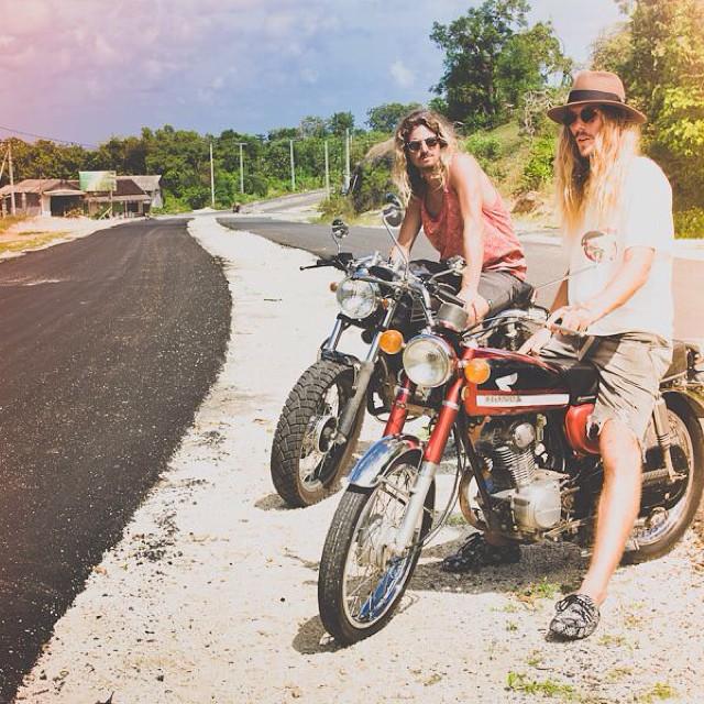 Motorbike Monday - always choosing the path less traveled..innovators @andysixstring and Critta #motorbikemonday #honda #Balifornia #prahu #shoe #swamis