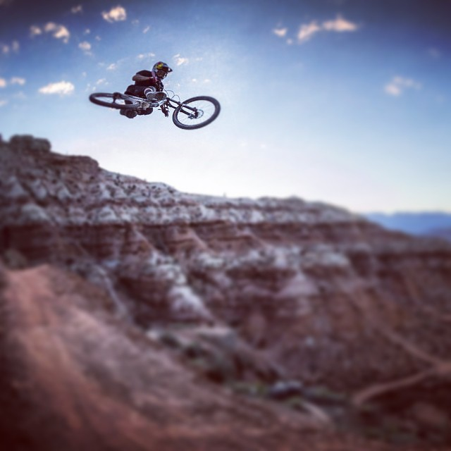 Give it some air. #Rampage @andreulacondeguy