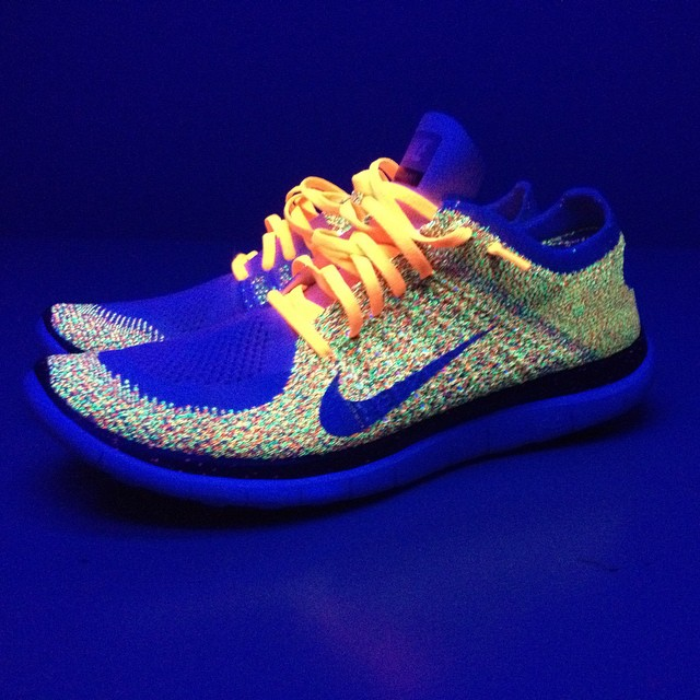 Little inspiration post today. My new Nike free flyknit under a black light #inspiration #neon #flyknit #nike #blacklight #whohasablacklightitsnineteenninetynine