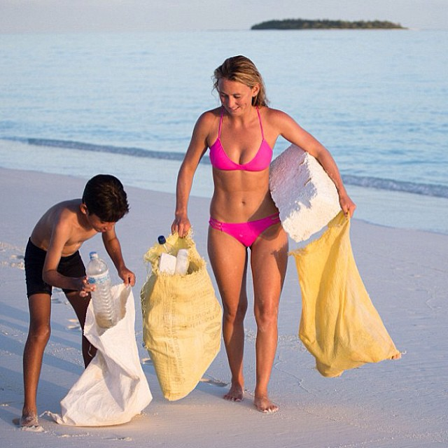 @AlisonsAdventures finding Trouble in Paradise and Helping to create a solution! #Creating a plastic recycling #solution! Our suits made from #recycled #plastic #bottles @repreve help #reduce the amount #plastic #waste. --...