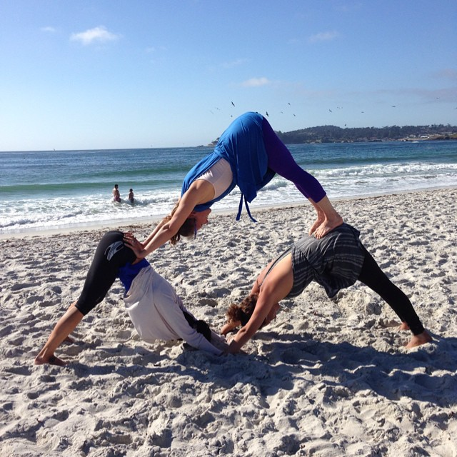 It was a beautiful day in Carmel yesterday for the Body Dialogue workshop with @serralynnsmick and @waveofwellness! #localhoneydesigns #localhoneyroadshowgiveaway #bodydialogue #carmel #carmelstatebeach #yoga #workshop #community #healing #fun...