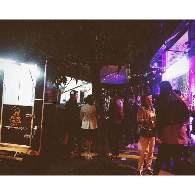 Pronto se viene el post del lanzamiento SPRING SUMMER 15  #NOMAMES de @basilottatt #basilotta #event #springsummer  #night #palermo #buenosaires #apple #iphone #foodtruck #lights #juananomuerdas
