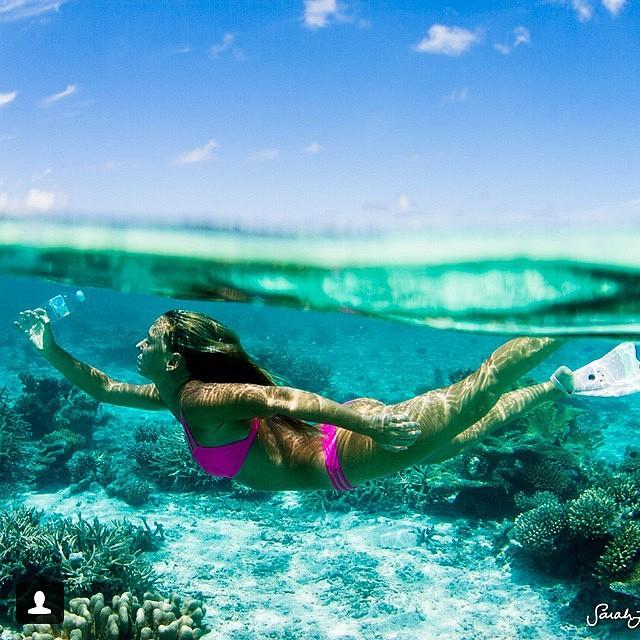 @alisonsadventures #saving the #maldives one #bikini at a time! #encourage #change -- #boho #short #bottom and #Kalinda #top in #akala -- #sarahleephoto #savemaldives #maldives @plasticpdise #plastic #overload
