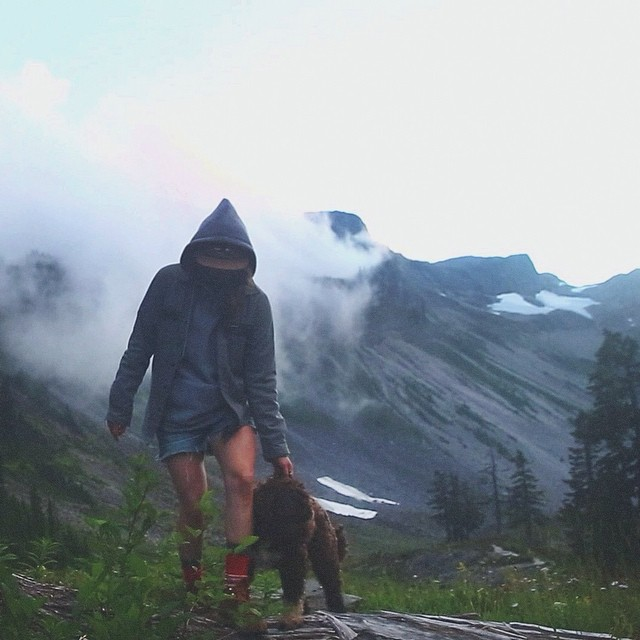 The Wilderness is calling. Grab a friend, grab a hat, and take it from @britney_white77 that #fineliving is easier found outside.