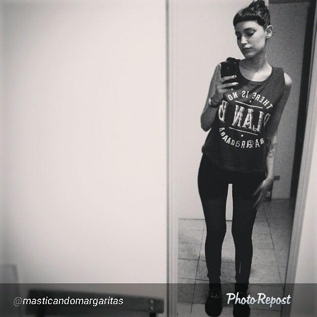 @masticandomargaritas y su remera #planb #perrabastarda.  Etiquetanos en tus fotos asi te podemos ver!