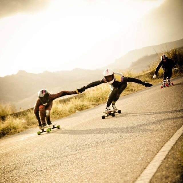 #DownhillLove by #longboardgirlscrew #Argentina's Mailen Córdoba & Camille Les Yeux during the last Copina #SheRide in Cordoba. Pic Leonardi Foto #skatewithfriends ❤️