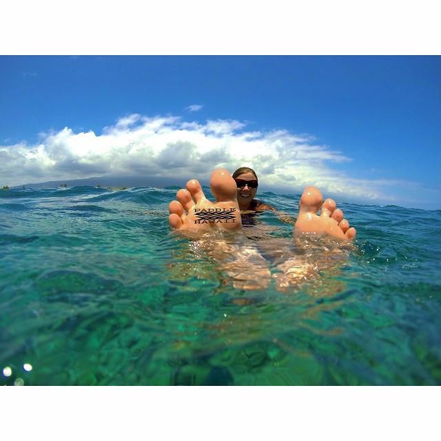 Don't tip toe through life, make a full hearted effort this weekend! #dosomethingawesome #beawesome #gopro #hualalai #ocean #swim #kaenon #bettervision @kaenon #wiseguides #teambioastin #lifeinhifi #itakebioastin #wavesNwisdom #happycamper