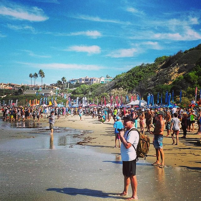 #battleofthepaddle is in full force! Cruz down to #saltcreek to score some free Jelly swag! #jellyskateboards #sup #paddleboarding #danapoint || Photo: @danapointtimes