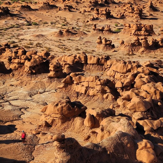 A walk in Goblin Valley sounds like a perfect way to spend the first weekend in October. Awesome #radparks shot by @jryanjung!