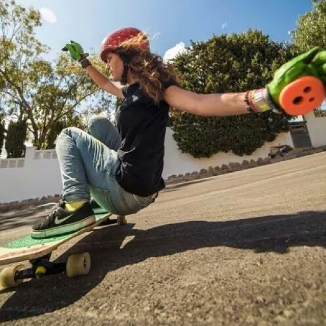 Spanish rider Cristina Verdú. Pic by Melvin Herrmann via Salsito House.  #longboardgirlscrew #girlswhoshred