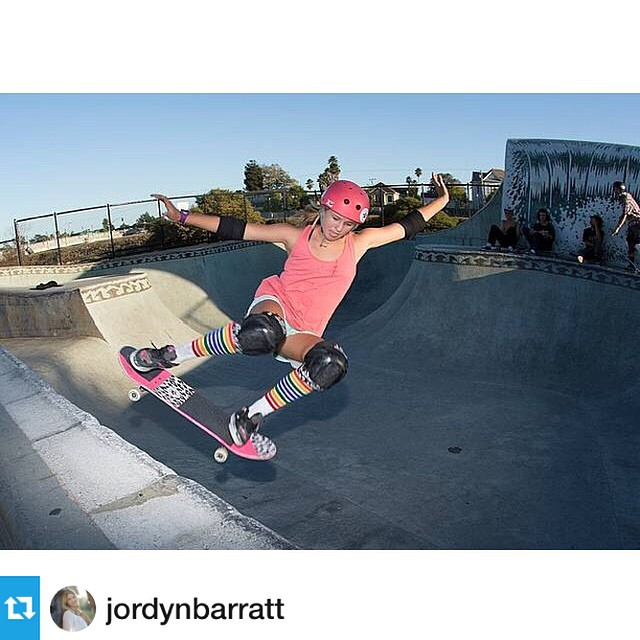 @jordynbarratt ripping at Santa Cruz #girlswhoshred #jordynbarratt #xshelmets #cali #skate  Repost from @jordynbarratt