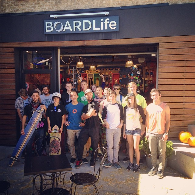 Big thanks to @boardlifeusa in Denver for inviting us to join in on their Sunday session/clinic! You guys have an awesome community here; we had a blast meeting and skating with everyone!