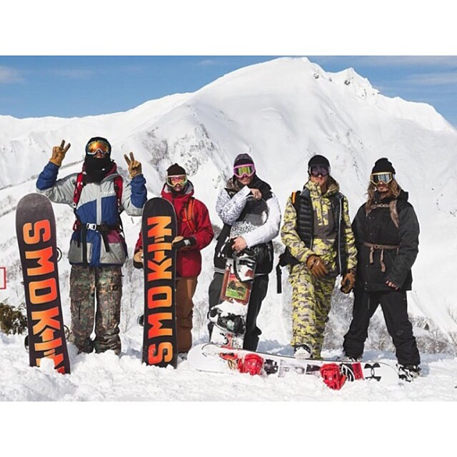 Last year we planned a trip with the Smokin Team to Japan. Damn, did we get it good,it was agreed that this was one of the best powder days any of us had ever ridden!  @laneknaack @willtobe_weird @rakejose421 @clancy_kyle @deadlung (off Smokin now)