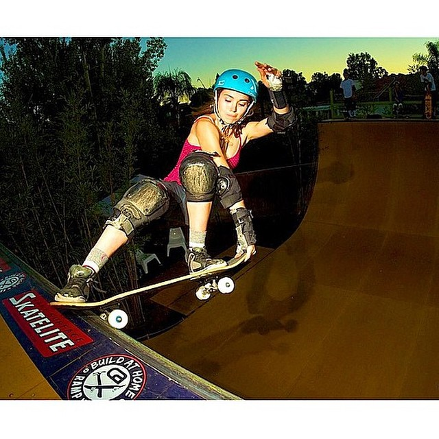 XS rider @ameliabrodka will be competing @exposureskate November 8th in Encintas! Can't wait!