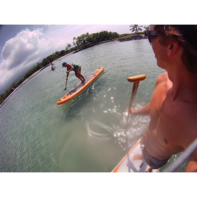 Grandma about to pull a one footer at 83 years young. Not bad for a first timer. #sup #familybonding #inspiring #gmarocks @imaginesurf @kaenon @odinasurf  #paddlehawaii #bamboopaddle #kaenon #imaginesurf #itakebioastin #konaboys #rareform...