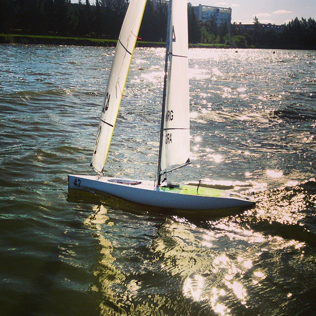 #downwind #iomclass #uly #rcsailboat #nordelta #buenosaires #argentina