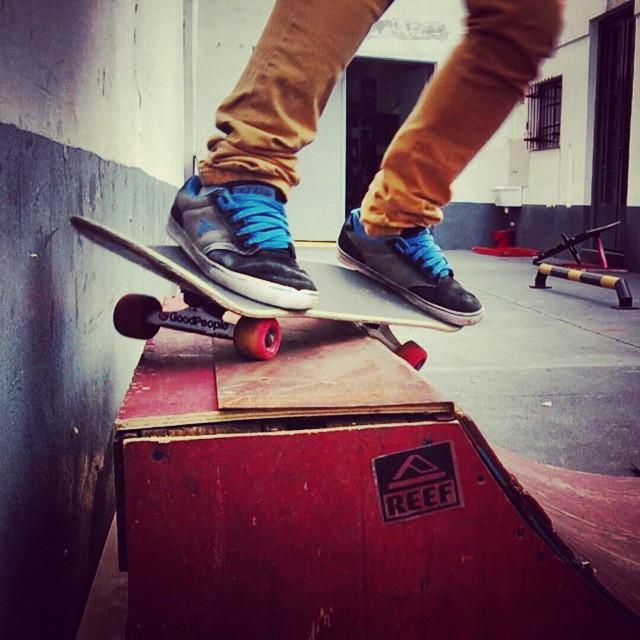 #skateboarding #feeble #grind #fallenfootwear #gobigdogood #palermo #buenosaires #argentina